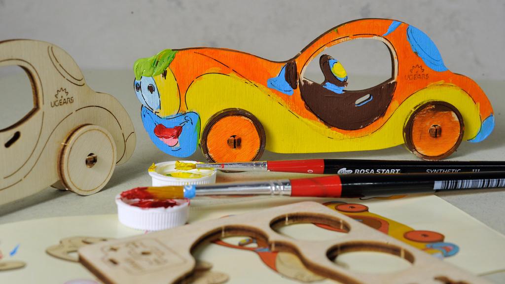 Дерев'яна розмальовка «Автомобіль»